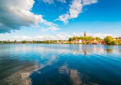 """Tour 17: Südostwärts – """"Kunststück Garten"""" mit viel Vogelsang"""